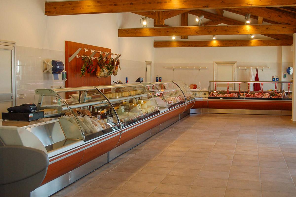Arredamento negozio alimentari arredamento macellerie for Offerte di lavoro arredamento
