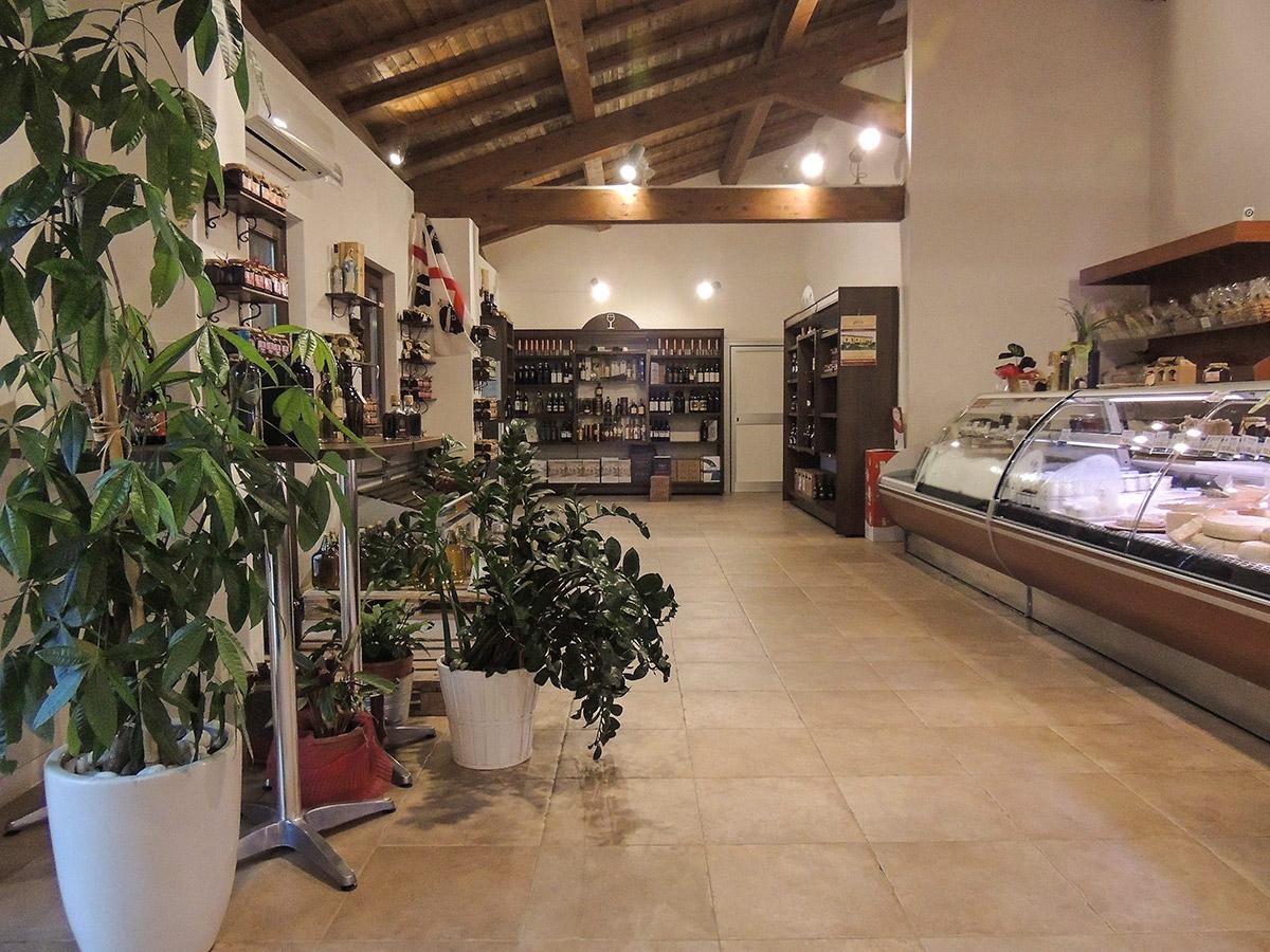 Arredamento negozio alimentari arredamento macellerie for Ab arredamenti