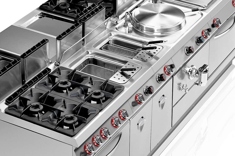 Attrezzature per cucine professionali ab arredamenti negozi for Cucine complete